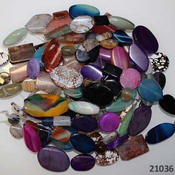 ACHÁT mix kamenů 9-15ks na šňůře přírodní minerál