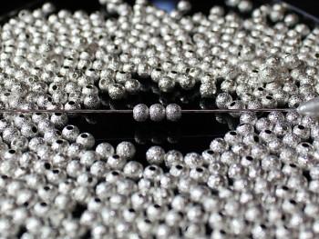 Korálky kovové frost STŘÍBRNÉ 3mm, bal. 20ks