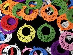 Pestrobarevný MIX korálky dřevěné zdobené kruhy 49mm bal. 3ks