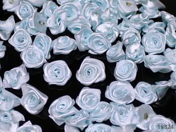SVĚTLE MODRÉ saténové růžičky k zdobení,  bal. 10ks