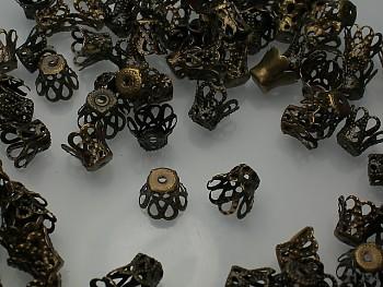 Kaplíky filigránové bronzové, bal. 15ks