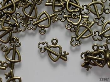 Kovový přívěsek bronzový klíč v srdci, bal. 3ks