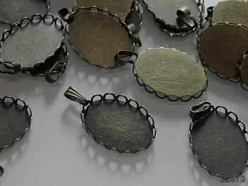 Bižuterní lůžko bronzové oválné, á 1ks