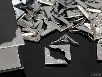 Kovové rohy 23mm platinové, bal. 4ks