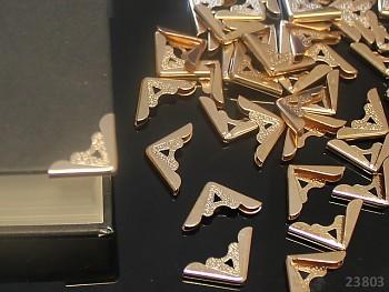 Kovové rohy 30mm měděné,  bal. 10ks