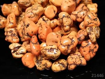 Přírodní minerál HOWLITE oranžové valounky