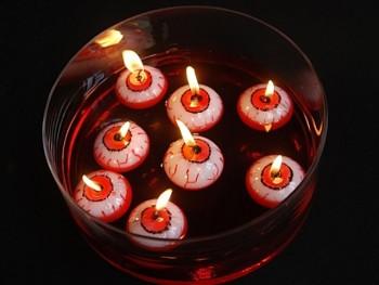 KRVAVÉ OKO Halloween svíčka plovoucí 40mm