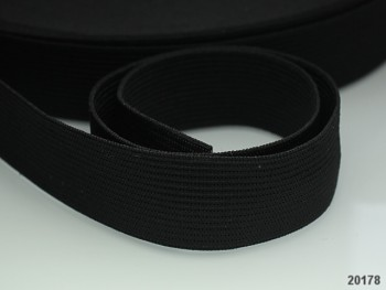ČERNÁ plochá guma pruženka široká 20mm, 1 nebo 25m