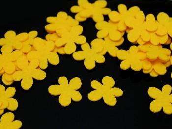 ŽLUTÉ kytičky výseky plst filc, bal. 5ks