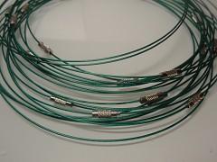 Zelená obruč na náhrdelník lanko se šroubkem náhrdelník